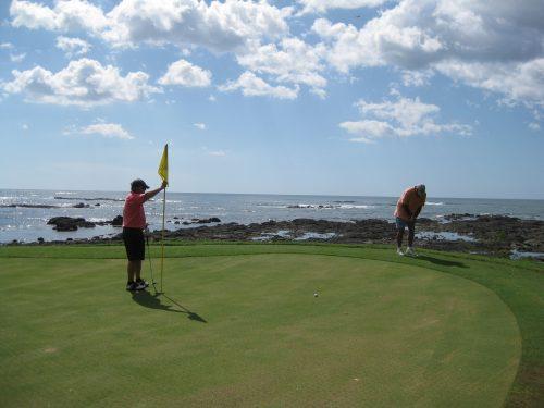 At casa de las brisas costa rica there's also golf!