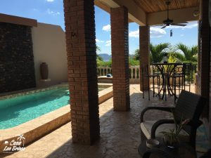 Casa Las Brisas Best luxury vacation costa rica home features a pool on the beach